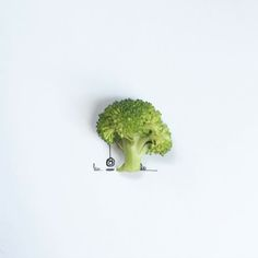 I Created Hundreds Of Witty, Miniature Drawings Around Tiny Everyday Objects Object Photography, Fruit Photography, Creative Photography, Creative Illustration, Food Illustrations, Illustration Art, Foto Art, Creative Artwork, Creative Advertising