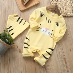 Baby Cat Print Long-sleeve Jumpsuit and Hat Preemie Clothes, Newborn Boy Clothes, Crochet Baby Clothes, Baby Outfits Newborn, Cute Baby Clothes, Baby Boy Newborn, Toddler Outfits, Baby Boy Outfits, Babies Clothes