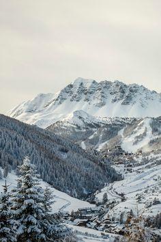 Hautes-Alpes, France, Vars La Forêt Blanche    http://www.pinterest.com/adisavoiaditrev/boards/