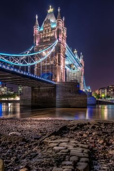 someone pinned this as the London Bridge.however, this is, in fact, the Tower Bridge which is more awesome than the London Bridge, in my opinion. Still located in London though. Places Around The World, Travel Around The World, Around The Worlds, London Night, London City, Places To Travel, Places To See, Tower Bridge London, Belle Photo