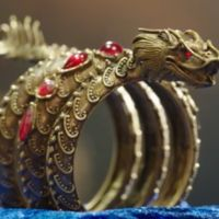 Her dragon cuff was her weapon and reminder of what she could be to those with hearts of blackness. Mermaid Ring, Mermaid Jewelry, Mermaid Makeup, H2o Mermaid Tails, Mermaid Tails For Kids, Dragon Bracelet, Dragon Jewelry, Real Life Mermaid Found, H2o Mermaids