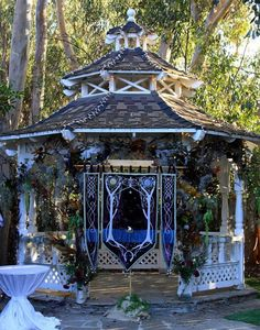 1000 ideas about middle earth wedding on pinterest for Lord of the rings bedroom ideas