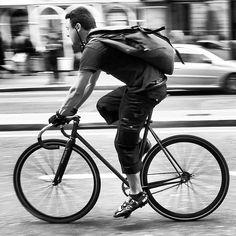 Fixed #urbancycle #notcoolnohelmet