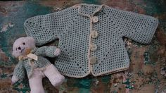 Crochet cardigan by two hexagons with friend Knitting For Kids, Baby Knitting, Crochet Cardigan, Knit Crochet, Baby Patterns, Crochet Patterns, Textiles, Crochet Clothes, Baby Love