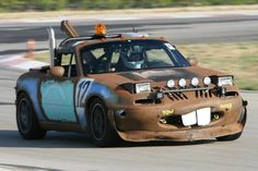 "Le Mons racing NA Miata, an ode to Disney's ""Cars"" tow truck"