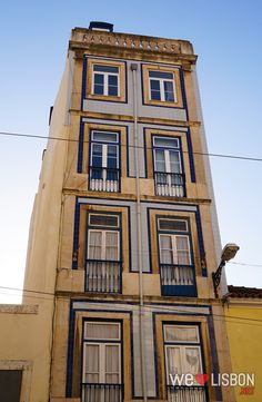 Mouraria is an old district from #Lisbon, with beautiful façades and historical buildings.