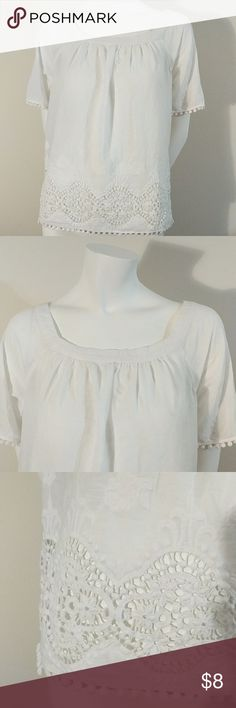Loft Peasant Top 100% cotton tee with crochet bottom. LOFT Tops Tees - Short Sleeve