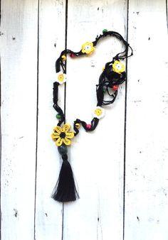 Crochet Necklace Oya Yellow Flowers Colorful Beads door ReddApple