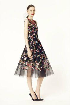 #OscardelaRenta #highfashion #FashionTV