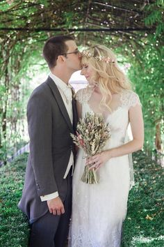 Beautiful real bride Sarah in her Claire Pettibone wedding dress from Leonie Claire Bridal Boutique (UK)