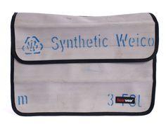 Laptoptasche aus recyceltem weißen Feuerwehrschlauch von Feuerwear®️ bei Kult-Design-Unikate