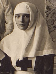 Tatiana Nikolaevna in her Red Cross nurse uniform during WWI Tatiana Romanov, Romanov Sisters, Familia Romanov, House Of Romanov, Tsar Nicholas Ii, Imperial Russia, Red Cross, World War I, Nun
