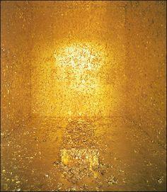 James Lee Byars, The Death of James Lee Byars,Gold leaf (installation)