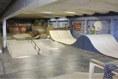 The Shed Skatepark - Bing images Skateboard Ramps, Skateboard Shop, Bmx, Backyard Skatepark, Study Interior Design, Parks Furniture, Cool Skateboards, Skate Park, House Rooms