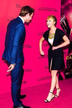 Liam Hemsworth and Jennifer Lawrence. Jennifer probably doing her best Aussie impression. Hahaha.