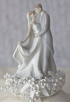 VINTAGE CAKE TOPPERS | cake toppers traditional bride and groom wedding cake toppers vintage ...