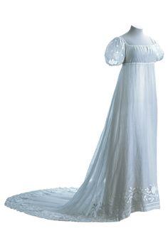 Dress ca. 1800-05 From the Museo de la Moda
