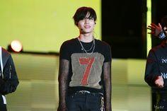 Kai - 150524 2015 Lotte Duty Free Family Festival K-pop Concert Credit: 책읽는소년. (2015 롯데면세점 패밀리페스티벌 케이팝 콘서트)
