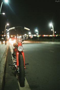 Bobber Cub by Khang Hua Honda Cub, Custom Moped, Custom Bikes, Triumph Motorcycles, Bobbers, Ducati, Mopar, Motocross, Build A Bike