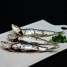 Sardinas al vapor con ajo y perejil para #Mycook http://www.mycook.es/receta/sardinas-al-vapor-con-ajo-y-perejil/