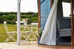 Regardez ce logement incroyable sur Airbnb : The Hut - Cabanes à louer à Udimore