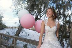 #brautmodentirol #tirolerbraut #brautkleider #hochzeitskleider #sincerity Sincerity, Wedding Dresses, Fashion, Dress Wedding, Bridle Dress, Bride Dresses, Moda, Bridal Gowns, Fashion Styles