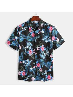 Mens Floral Printed Turn Down Collar Round Hem Short Sleeve Casual Loose Shirts is designer and cheap on Newchic. Camisa Floral, Floral Print Shirt, Loose Shirts, Shirt Style, Casual Shirts, Look, Cool Outfits, Shirt Designs, Men Casual