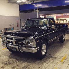 Love, love, love that GMC grille ! Lmc Truck, 67 72 Chevy Truck, Chevy Pickup Trucks, Classic Chevy Trucks, Chevy Pickups, Chevrolet Trucks, Chevy C10, Chevrolet Blazer, Gmc Trucks 2015