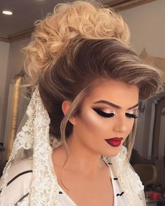 Wedding Hair And Makeup, Hair Makeup, Blonde Bride, Bridal Hair Buns, Hair Upstyles, Makeup Looks Tutorial, Braut Make-up, Bride Makeup, Gorgeous Makeup