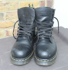Dr Martens Airwair Industrial Satra P9425 7 Eyelet Steel Toe Safety Boots UK 6 in Clothes, Shoes & Accessories, Men's Shoes, Boots | eBay