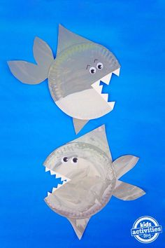 It's Shark Week and we're excited to share shark activities for kids all week long! This shark paper plate craft is perfect for kids big and little. They c Elementary Activities, Family Activities (al Paper Plate Crafts For Kids, Summer Crafts For Kids, Crafts For Boys, Craft Kids, Kid Crafts, Summer Crafts For Preschoolers, Easy Crafts, Travel Crafts, Camping Crafts