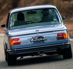 BMW 2002 e10