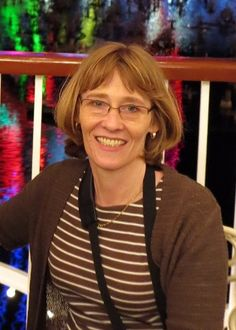 Come meet genealogy blogger Sharon Fritz of the Strong Foundations blog in this interview by Wendy Mathias at GeneaBloggers #genealogy #familyhistory