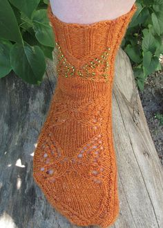 Ravelry: Butterfly Socks pattern by Tuulia Äijö