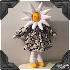 Daisy Rag Doll with Petal Hat, Classic Daisy Print Dress, Shoes, Socks and Bloomers, Handmade – Face & Hair Fabric Painted