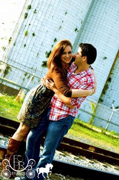 www.fcprstudios.com    engagement photography session