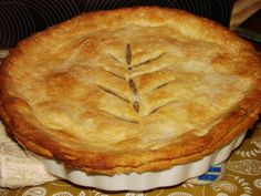 Tourtiere 1959 Christmas Meat Pies, make them company mini size. Bake and heat up for the last minute guest. This is French Canadian recipe from my aunt in Sudbury, Ontario. Italian Pasta Recipes, Mexican Food Recipes, French Recipes, Italian Desserts, Vietnamese Recipes, Christmas Meat, Christmas Recipes, Xmas, La Tourtiere