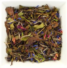 White Berry Like a crisp and bright winter morning, this light tea with awaken you. The combination is refreshing, uplifting and slightly sweet. It's a great way to feel clear and focused. Drinking Tea, Berries, Chocolate, Winter, Ethnic Recipes, Sweet, Crisp, Food, Bright