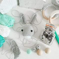 The very talented Dawn Bouchonville.tina from sweden asked me ? The very talented Dawn Bouchonville.tina from sweden asked me ? And here is it: I never get tire – tina_empunkt Crochet Baby Toys, Baby Knitting, Photo Booth Party Props, Dinner Party Decorations, Prop Making, Party Activities, Baby Rattle, Baby Kind, Stuffed Toys Patterns