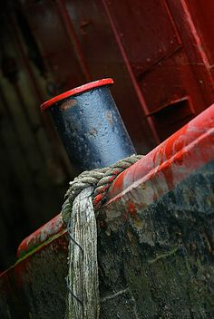 Tug Boat Graveyard Scene, taken with a Canon camera at s, F in Staten Island, NY USA Old Boats, Sail Boats, Sunless Sea, Mooring Rope, The Wheelhouse, Steam Boats, Sailboat Painting, Abandoned Ships, Float Your Boat