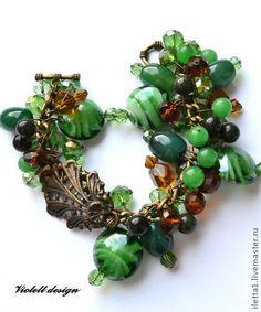 """Pulsera """"La Belleza de Oriente"""" (Chrysoprase, serpentina, cristal, jade).  Hecho a mano."""