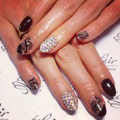 #eclair #eclairnail #nude #nails #nailart #nailporn #nailswag #nailsbest #nailpolish #naildesigns #swarovski #black