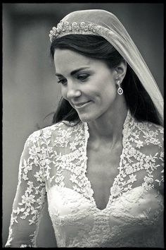 Kate Middleton - The Duchess of Cambridge Will be new queen. The Duchess of Cambridge. The Duchess, Duchess Of Cambridge, Royal Brides, Royal Weddings, Silver Weddings, Princesa Diana, Kate Fashion, Style Kate Middleton, Kate Middleton Wedding Dress
