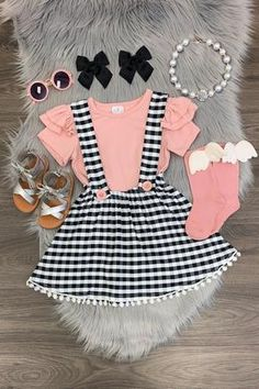 Black/White Plaid Suspender Skirt Set with Blush Pink Shirt – Outfit Ideas for Girls Trendy Baby Clothes, Cute Baby Girl Outfits, Baby Kids Clothes, Little Girl Dresses, Kids Outfits, Baby Girl Fashion, Toddler Fashion, Kids Fashion, Pink Cow