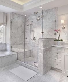 Enchanting luxurious master bathroom home decorating tips for baths and small bathroom. Mansion master bathroom to inspire your dream cutting-edge, romantic, and elegant decor for the dream spa luxury bathroom. Zen master bathroom with a jacuzzi and steam Bad Inspiration, Bathroom Inspiration, Bathroom Design Luxury, Design Bedroom, Design Design, Creative Design, Dream Bathrooms, Master Bathrooms, Upstairs Bathrooms