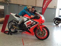 Am vergangenen Wochenende fand die Hambrückener Motorradmesse in der…