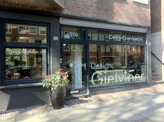 Onze showroom aan de Rijnstraat 200 Amsterdam. www.designgietvloer.nl 020-8457657 of info@designgietvloer.nl