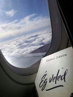 Minden, I Don T Know, Airplane View, Reading, Books, Libros, Book, Reading Books, Book Illustrations