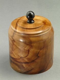 Blog of New England woodturner Ray Asselin, maker of fine wooden burl bowls, keepsake/jewelry boxes, wood vases, hollow vessels, and more.
