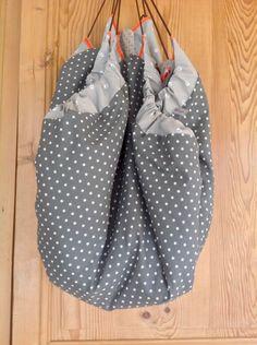 tapis d 39 veil sac jouets plaid 3 en 1 couture turbulences blog pinterest bebe. Black Bedroom Furniture Sets. Home Design Ideas